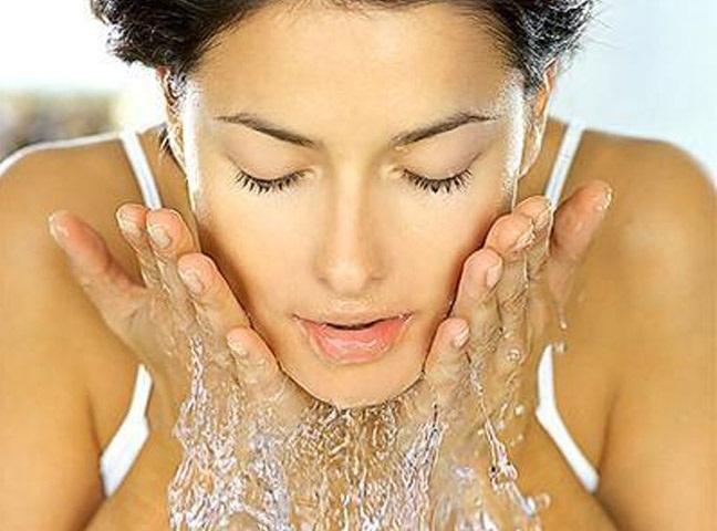 Как быстро снять покраснение с кожи лица в домашних условиях