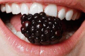 как_отбелить_зубы_дома